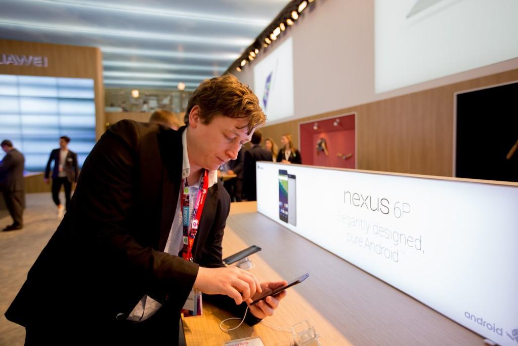 Ich mit dem Nexus6P von Huawei ⒸRichard Deutsch